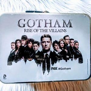 🦇 EUC! Gotham Collectable Tin Lunchbox 🦇